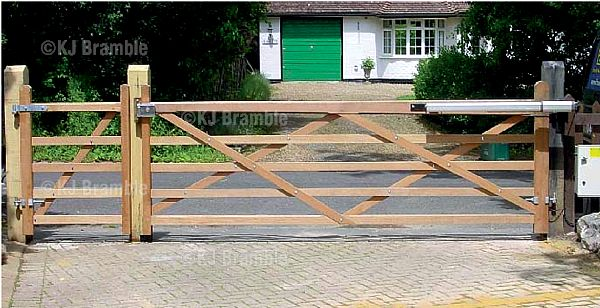 5 bar wooden Gates,Automated, Somerset