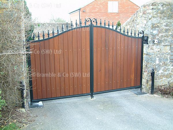 Hardwood Gates,Automated with Underground Hydraulic Motors,Somerset.